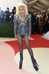Met-Gala-2016-Lady-Gaga