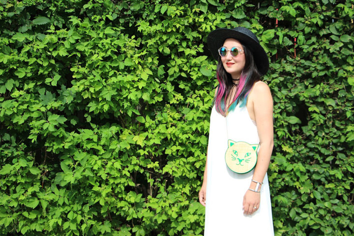 aritzia-white-cami-dress-kitty-bag-3