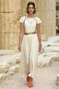 chanel-greece-cruise-resort-2018-7