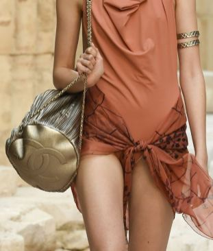 chanel-resort-2018-greece-bags-3