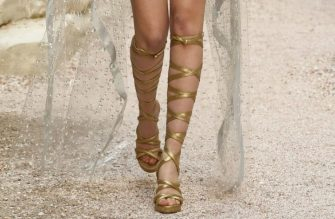 chanel-resort-2018-greece-gladiator-shoes
