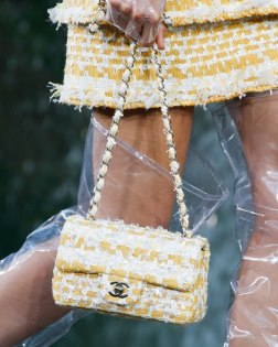 Chanel-Spring-Summer-2018-Collection-bags (1)