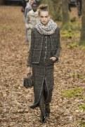 chanel-fall-winter-2018-tweed-coat