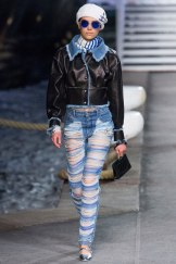 chanel-resort-2019-la-pausa-cruise-ripped-jeans