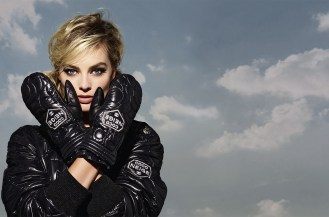 CHANEL_Coco_Neige_Margot-Robbie-ad_campaign_pictures_by_Karl_Lagerfeld_LD (4)