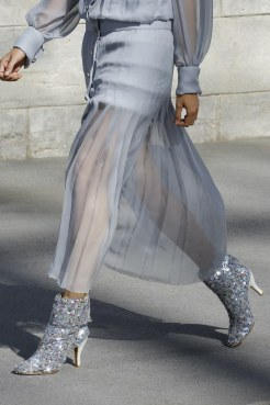 chanel-haute-couture-fall-2018-sequin-boots