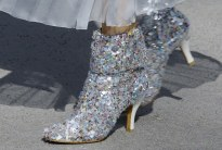 chanel-haute-couture-fall-2018-sequin-boots2