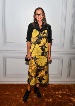 Holt-Renfrew-VOGUE-pop-up-Susie Sheffman