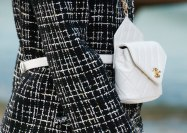 chanel-spring-2019-by-the-sea-belt-bag