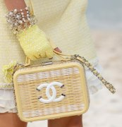 chanel-spring-2019-by-the-sea-straw-bag