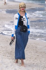 chanel-spring-2019-by-the-sea21
