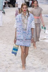 chanel-spring-2019-by-the-sea5