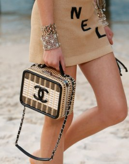 chanel-spring-2019-woven-straw-bag