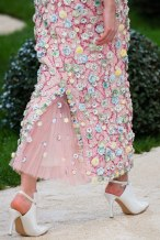chanel-spring-2019-couture-flowers