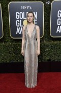 golden-globe-awards-2019-saoirse-ronan-gucci2