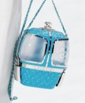 chanel-in-the-snow-fall-2019-collection-ski-lift-minaudiere-gondola3