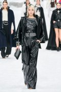chanel-in-the-snow-fall-2019-collection12