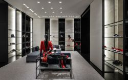 CHANEL_Montreal_boutique_Holt_Renfrew_Ogilvy (8)