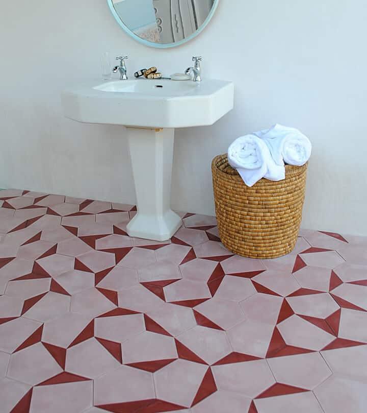 Blush Pink Bathroom_Inspiration_Modern_Pink_blush_feminine_bathroom 3