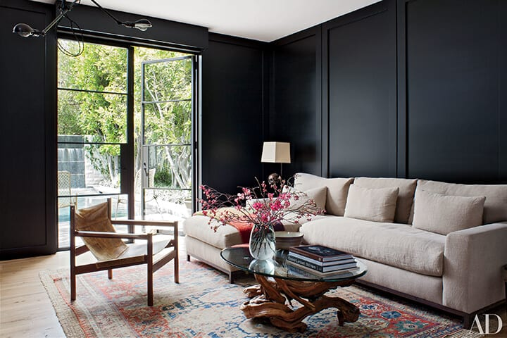 black living room_design trend_moody_masculine_BLACK 1