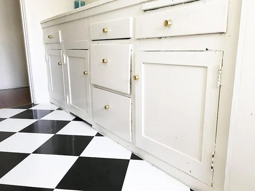 Brady Kitchen Cabinets Before