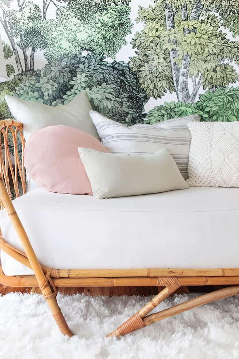 Pretty Pillow Styling