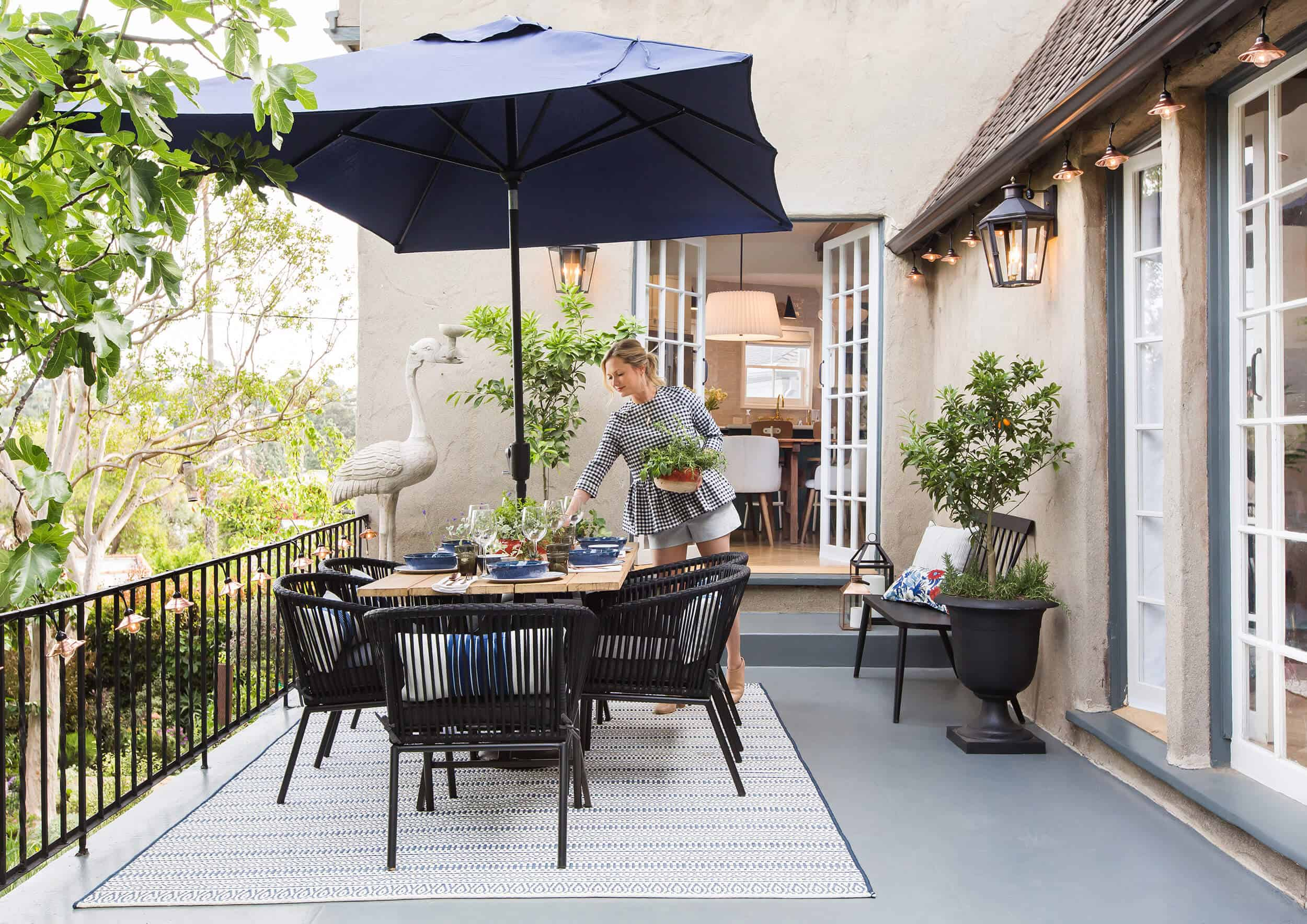 how to decorate your outdoor space with