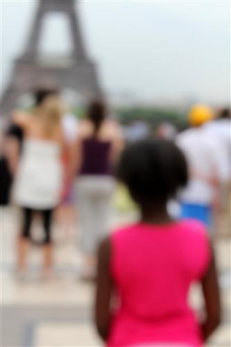 Gregor-Hochmuth-Pink-Eiffel