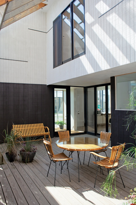 slatted-deck-furniture