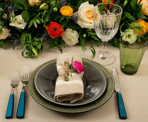 place-setting-with-rose