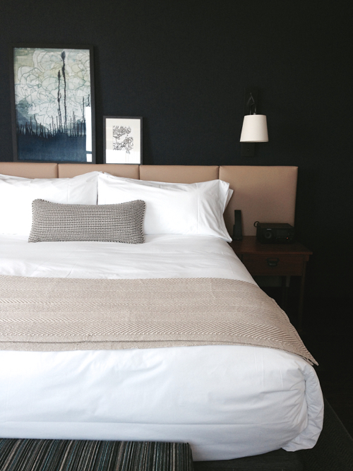 press-hotel-my-room-bed