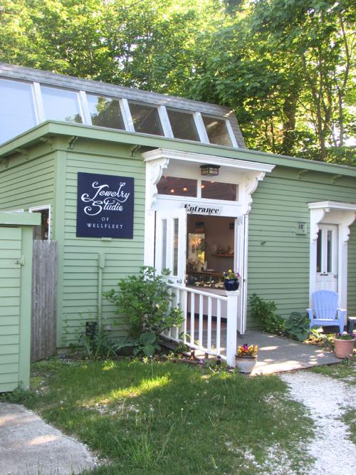 wellfleet-jewelry-studio-exterior
