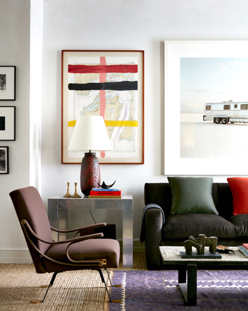 Robert Stilin Interiors Living Room With Gallery Wall