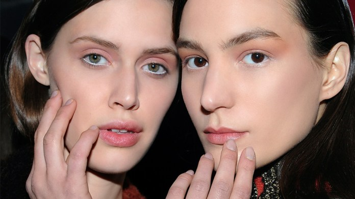 How To Put Makeup On A Popped Pimple Stylecaster