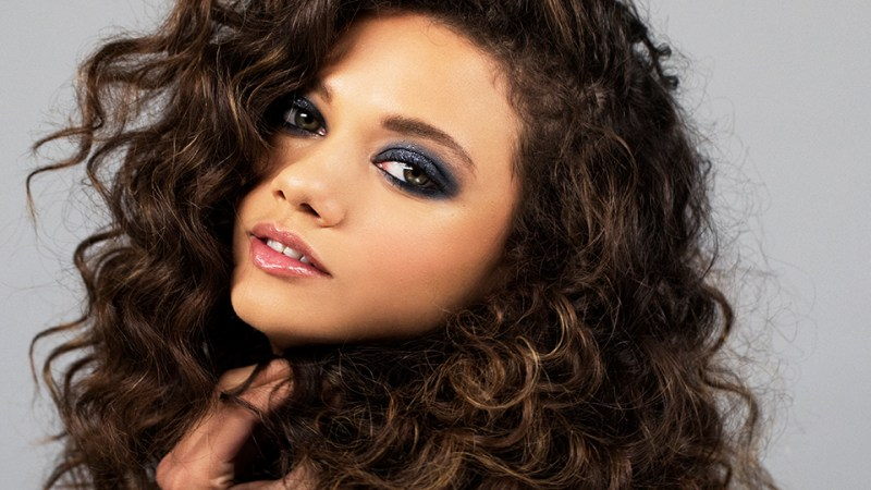 How To Do 3 Pretty And Easy Smokey Eyes