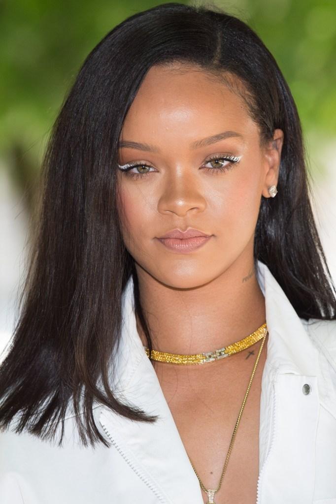 Rihanna Before After : rihanna, before, after, Rihanna's, Inspiring, Plastic, Surgery, Trend, StyleCaster