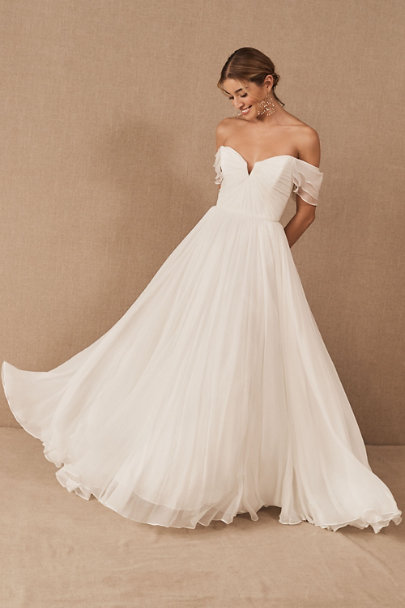 STYLECASTER | 2021 wedding dress trends