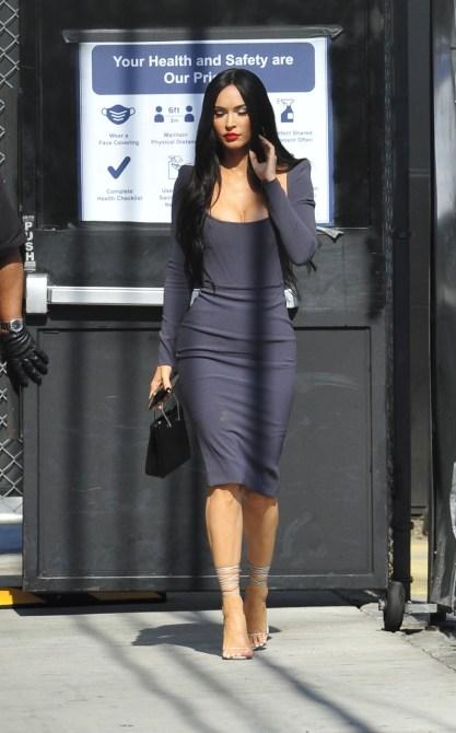 MEGA770341 001 Megan Fox's Bra Top Makes Even A Jean Skirt Look Hot AF