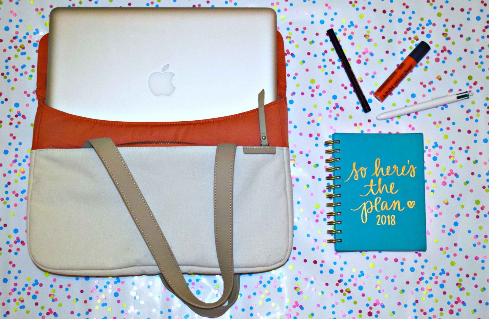 STM Grace Deluxe Sleeve in coral blogger pick flatlay
