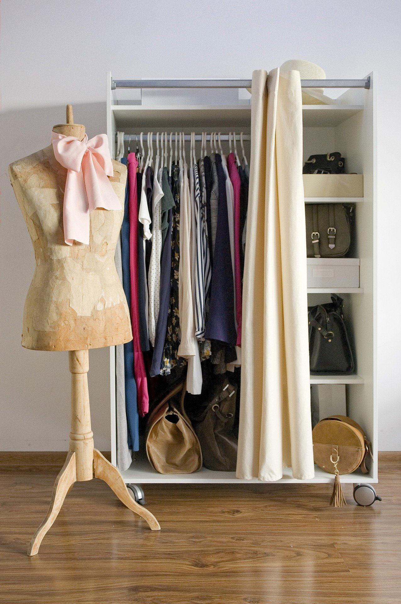 How to layout your wardrobe like an influencer, with chic, matching hangers and handbag storage