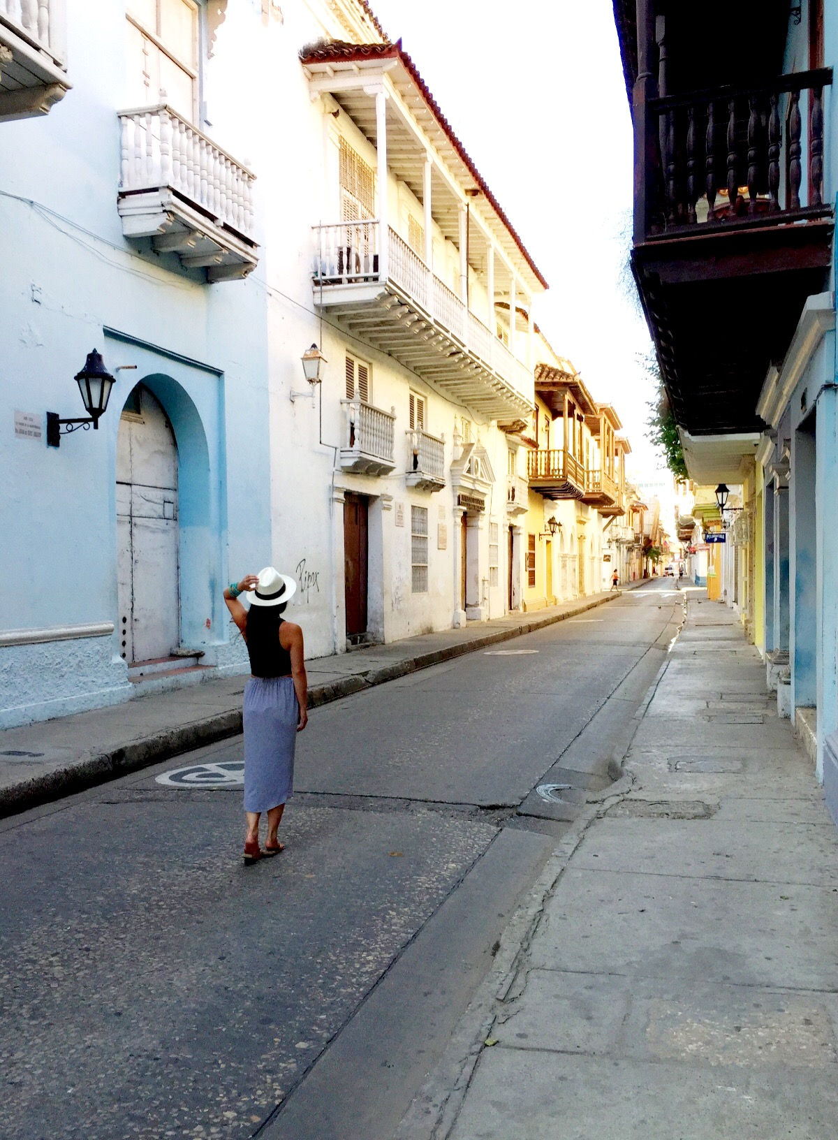 nude women. swinging in cartagena