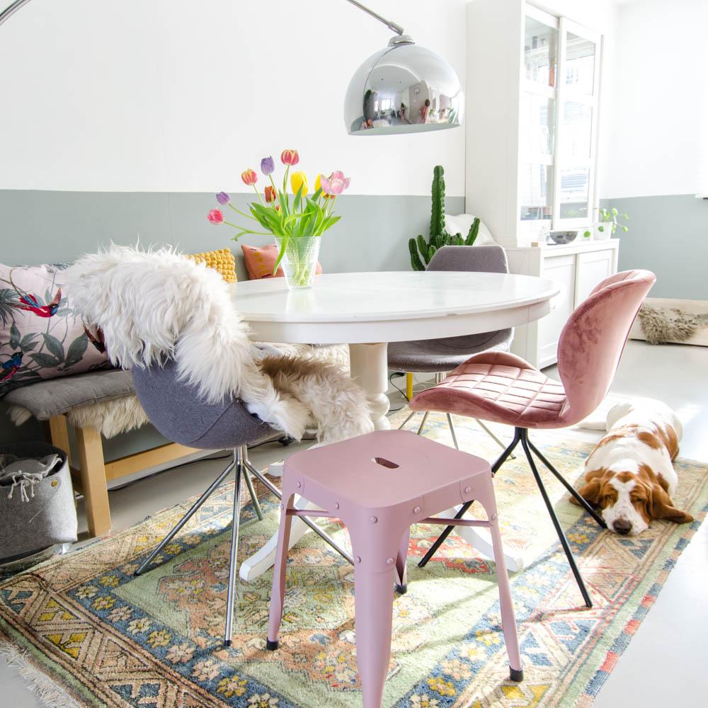 roze in huis