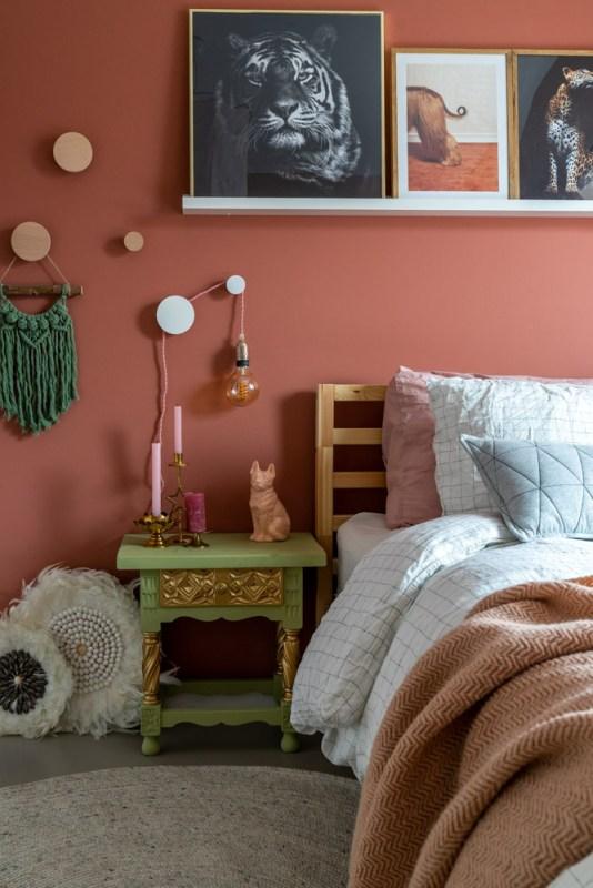 rond vloerkleed in de slaapkamer
