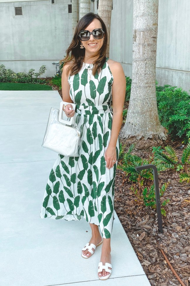 chicwish palm print dress with clear handbag and gucci sunglasses