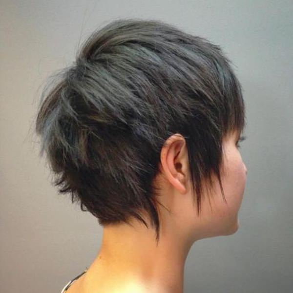 Image Result For Medium Hairstyles With Bangs For Round Faces