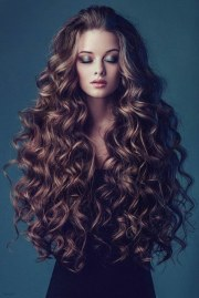stunning curly hairstyles