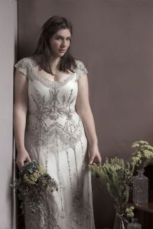 20+ Model of the Brides Dress for Fat Women to Look Stylish Slim 21