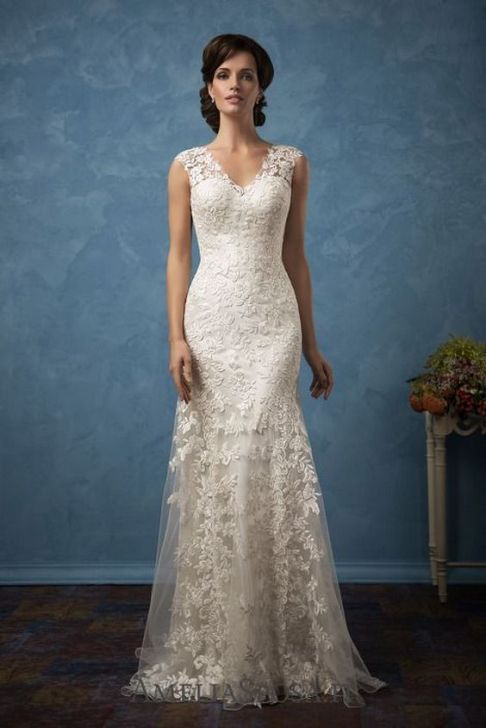 40 Beautiful wedding dresses for 40 year old brides ideas 11