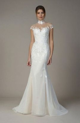 40 Beautiful wedding dresses for 40 year old brides ideas 18