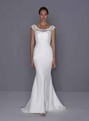 40 Beautiful wedding dresses for 40 year old brides ideas 27